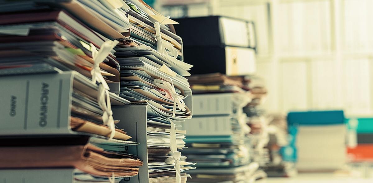 ¿Por qué guardar documentos en un almacenamiento con control de humedad?