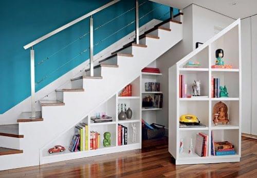 escalera con almacenaje
