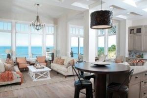 Consejos para cuidar la madera en tu casa de playa
